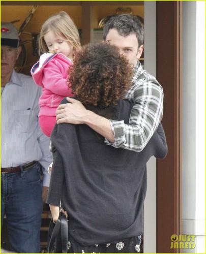 Ben Affleck & Halle Berry: Santa Monica Meetup!