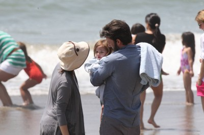 Ben,Jen and their 3 kids at the plage