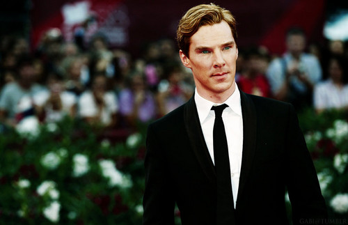 Benedict Cumberbatch wallpaper with a business suit and a suit entitled Ben...