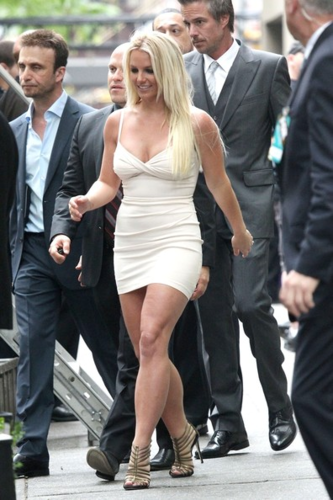 Britney Spears wallpaper containing a business suit, a dress suit, and a well dressed person titled Britney - Upfront FOX (Arrive & Backstage) - May 14, 2012
