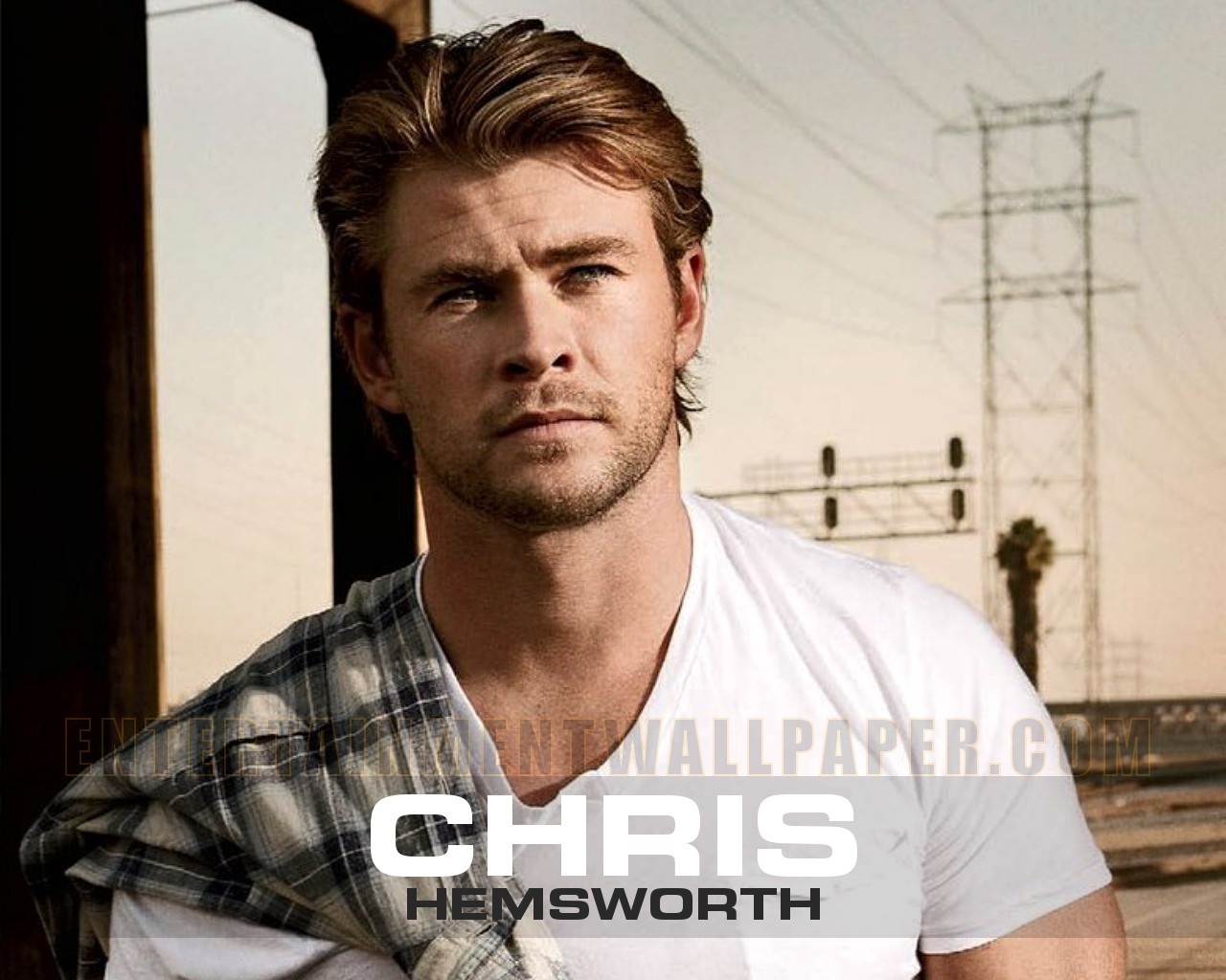 Chris Hemsworth - Chris Hemsworth Wallpaper (30822817) - Fanpop