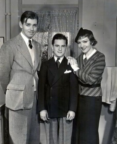 Clark Gable, Frankie Darro & Claudette Colbert