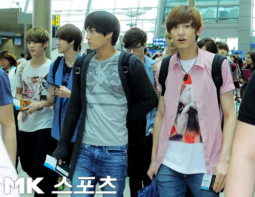 EXO-K & EXO-M at Incheon International Airport