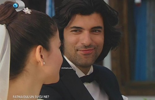 Fatmagül'ün Suçu Ne Обои probably with a business suit entitled FG & K wedding pics