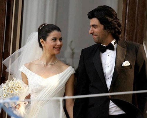 Fatmagül'ün Suçu Ne wallpaper entitled FG & K wedding pics
