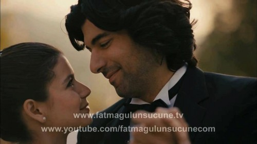 Fatmagül'ün Suçu Ne kertas dinding with a business suit titled FG & K wedding pics