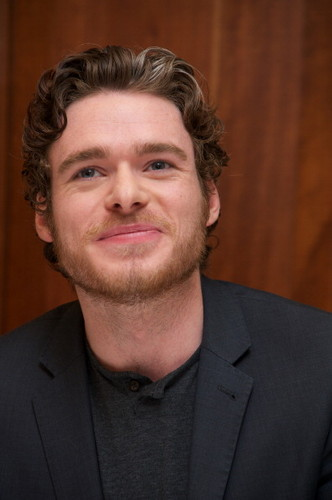 Game of Thrones Press Conference- Richard Madden
