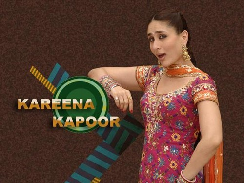kareena kapoor fond d'écran probably with a sign called Jab we met
