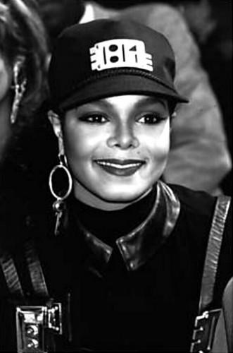 Janet's Rare تصاویر