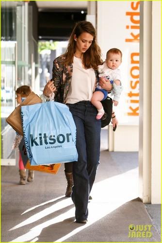 Jessica Alba: Kitson Kids with Honor and Haven!