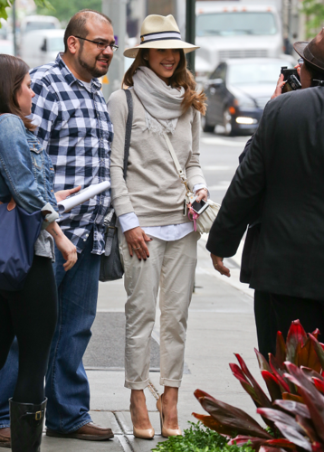 Jessica - Leaving the Soho Grand Restaurant in NYC - May 10, 2012 - jessica-alba Photo