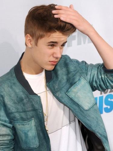 Justin at the Wango Tango blue carpet!