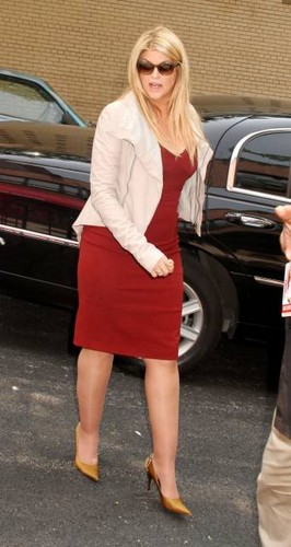 Kirstie Alley at 'The Wendy Williams Show' 2011 - kirstie-alley Photo