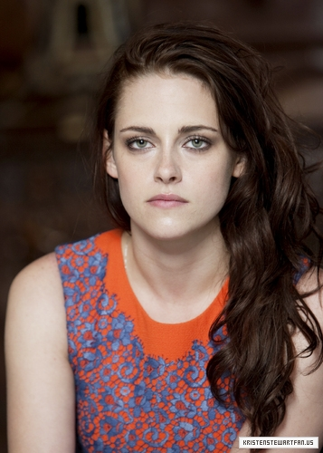 Kristen Stewart images Kristen at the SWATH press conference in London, England. {13/05/12} wallpaper and background photos
