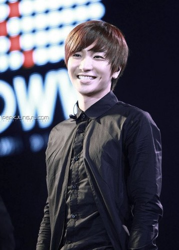 LEETEUK &lt;3 - random Photo