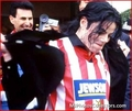 MJ SOCCER!!!  - michael-jackson photo