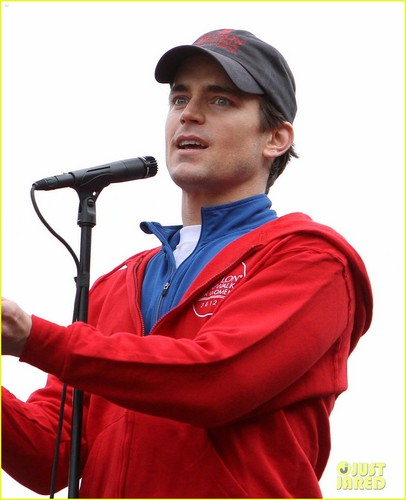 Matt Bomer images Matt Bomer: Revlon Walk with Simon Halls & Kit! HD wallpaper and background photos