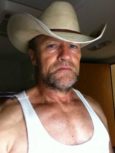 Merle Dixon / Michael Rooker bts