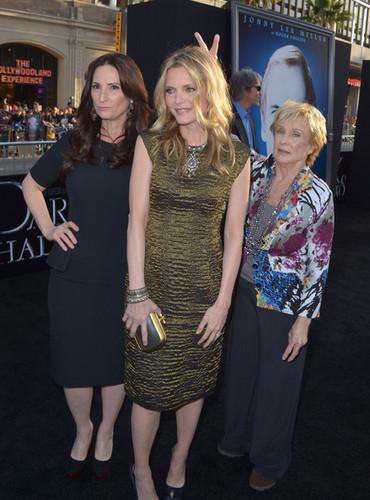 Michelle Pfeiffer - Dark Shadows Premiere Los Angeles