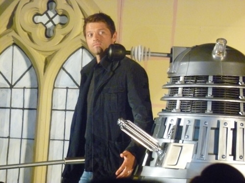 Misha and the Dalek - Asylum 8 - misha-collins Photo