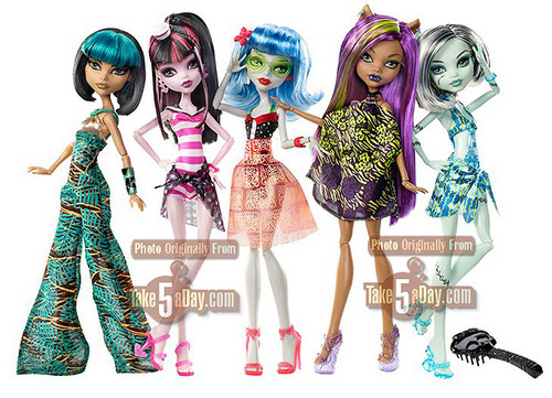 Monster High wallpaper called New Dolls