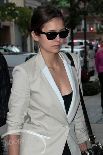 Nina in New York 15/05/2012