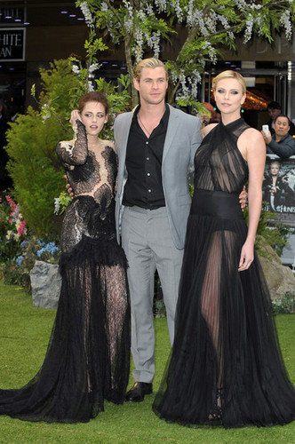 Premiere of 'Snow White and the Huntsman' in London