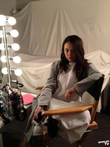 Pretty Little Liars - Season 3 - বাংট্যান বয়েজ ছবি from the Set