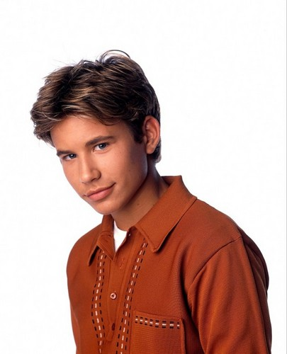 Home Improvement (TV show) Hintergrund possibly with a well dressed person and a portrait titled Randy