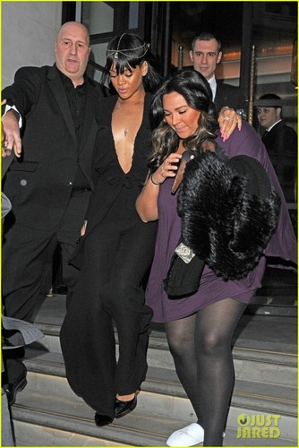 Rihanna: 'Battleship' Debuts in Second Place - rihanna Photo