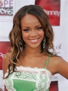 Rihanna Is So Beautiful!