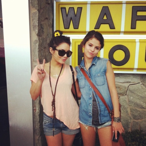 Selena Gomez and Vanessa Hudgens