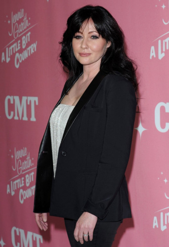 Shannen - Jennie Garth's 40th birthday and premiere party for 'A Little bit Country, April 19, 2012