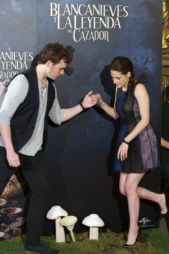 Snow White And The Huntsman Madrid Photocall