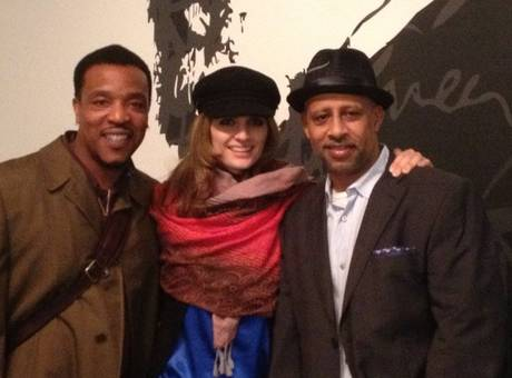 Stana Katic Supports Former गढ़, महल Co-Star Ruben Santiago-Hudson's Off-Broadway दिखाना <333