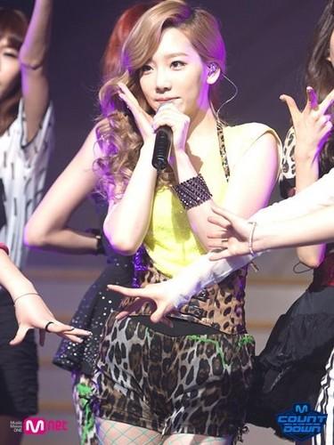 Taeyeon Tiffany Seohyun @ Mnet M Countdown