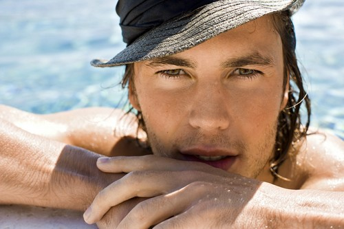 Taylor Kitsch wallpaper possibly with a bather, a hunk, and a water titled Taylor<3