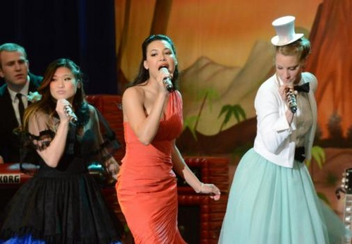 Tina, santana and brittany at prom