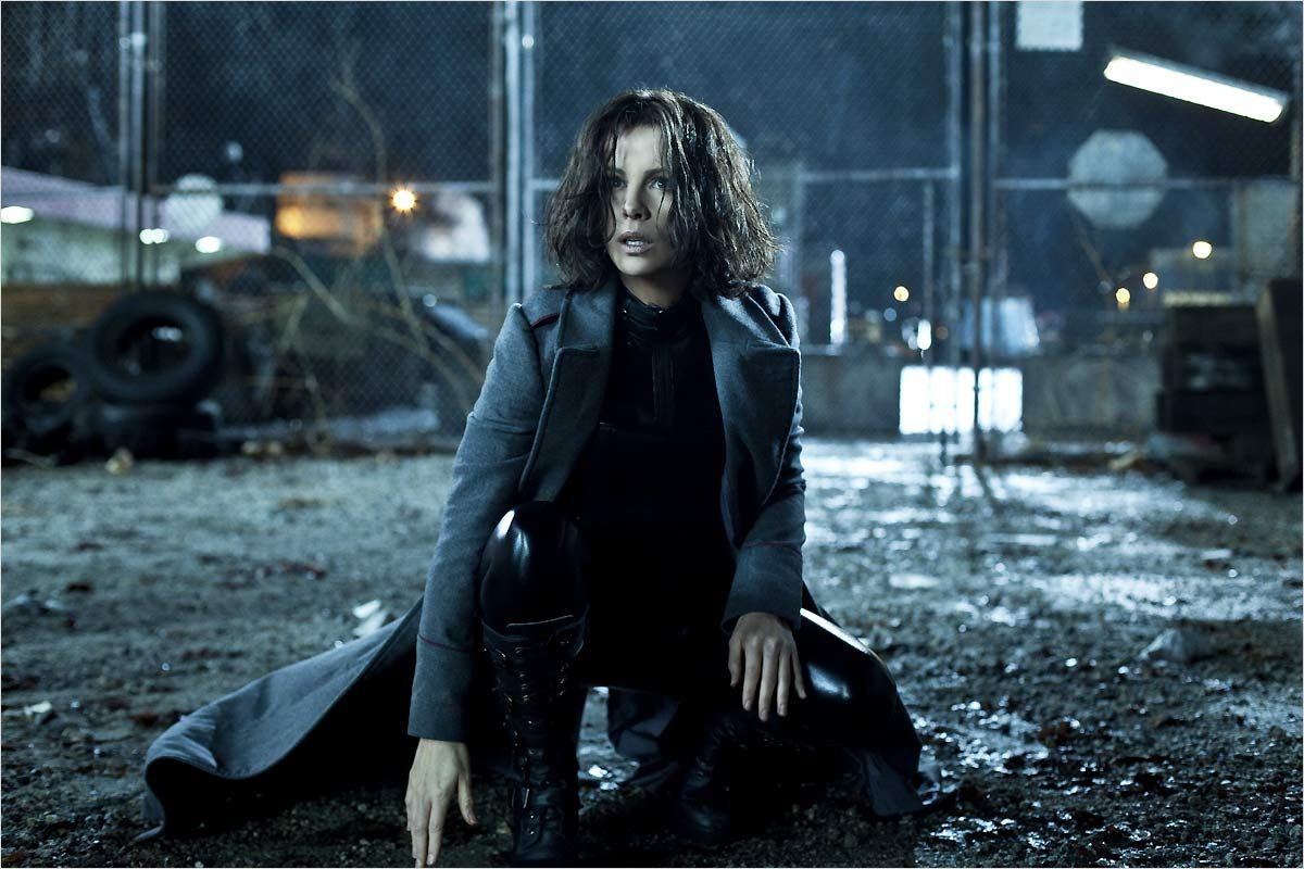 Underworld Awakening - Michael Corvin Photo (30898624 ...