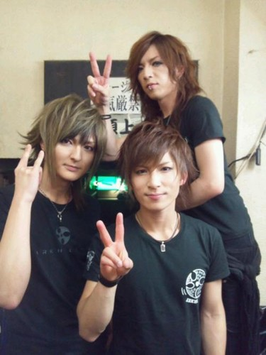 Yo with Juri & Sujk - yo-matenrou-opera Photo