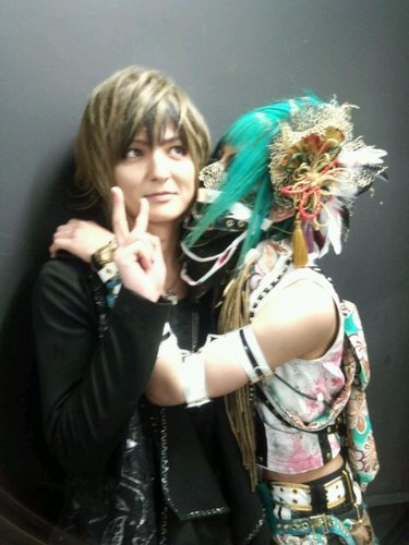 Yo with Kujou - yo-matenrou-opera Photo