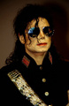 i keep falling in love with you Mikey - michael-jackson photo