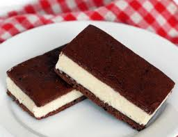 icecream স্যান্ডউইচ