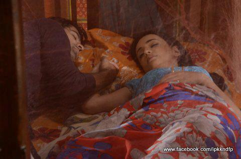 khushi and arnav's bed scenes