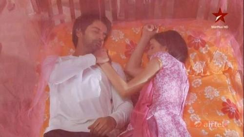 khushi and arnav's letto scenes