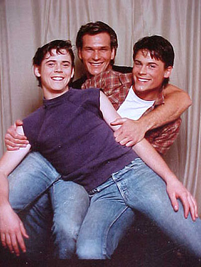 the big idea in the story of ponyboy and his friend johnny She later had the story published hinton's friend, a greaser, was beaten up ponyboy and johnny decide to run away after the murder.