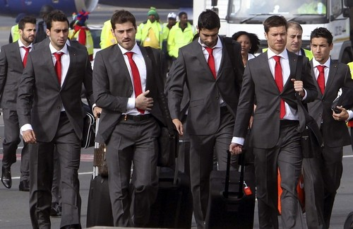 Spain National Football Team wallpaper containing a business suit and a suit called the sexiest team everrr