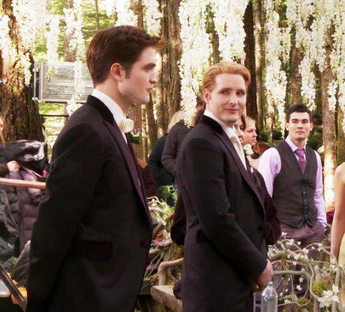 ♥ Edward ♥ - edward-cullen Photo
