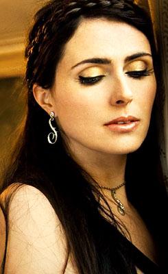 """""""Make my hart-, hart a better place"""" - Sharon hol, den Adel"""