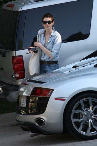 Anne Out in LA (21th May 2012)